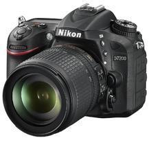 Nikon D7200 + 18-105 mm AF-S DX VR