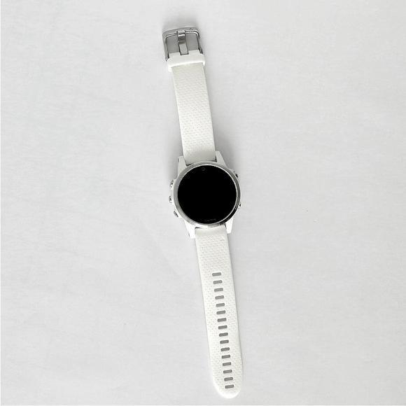 Garmin Fenix 5S Silver Optic, White band   BAZAR Použité. Chybné meranie tepu. Občasné zamrznutie.  - 1